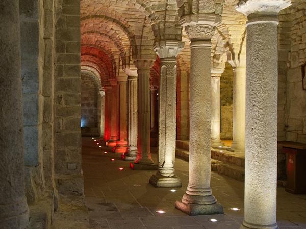 Cripta dell'Abbazia di San Salvatore nel periodo di Natale
